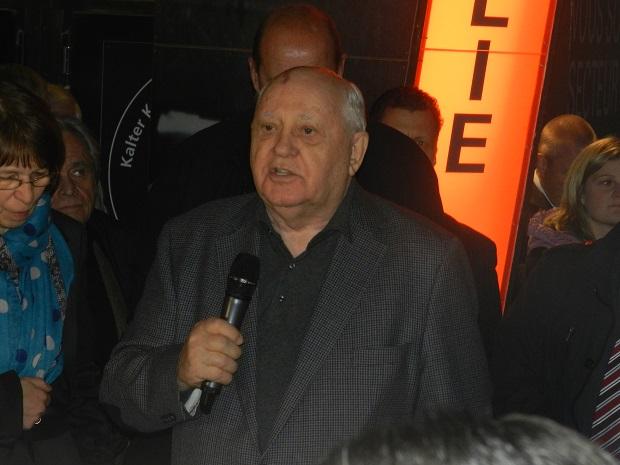 Михаил Горбачев в Берлине Фото