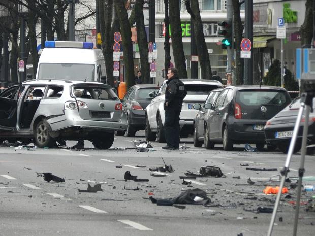 Взрыв автомобиля в Берлине 15 марта 2016 Видео Фото