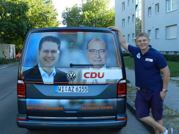 Предвыборный тур Георга Деге по Шпандау Фото