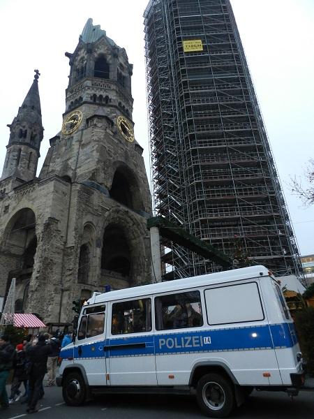 Berlin_20_12_Polizei
