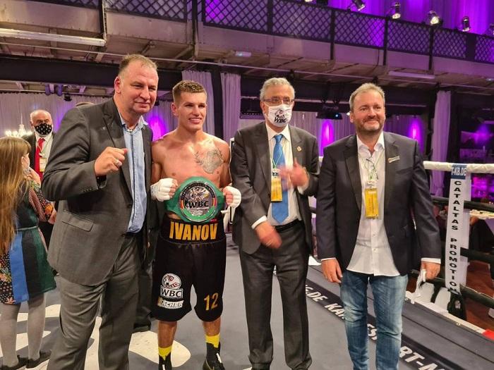 Боксер Петр Иванов Интервью после победы над Кангуэлем в Германии 16 октября 2020