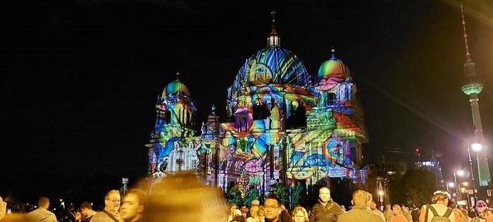 Что посмотреть в Берлине во второй раз – Видео Комментарий Мария Павлова